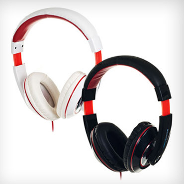 https://images-saveology.s3.amazonaws.com/uploads/deal/medium_sized_image/10785/sound-logic-dynabass-headphones-med.jpg