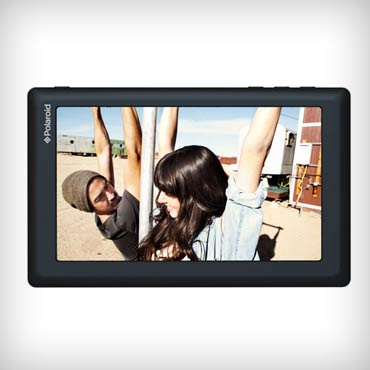 Polaroid-7-inch-android-2.3-tablet-med-1
