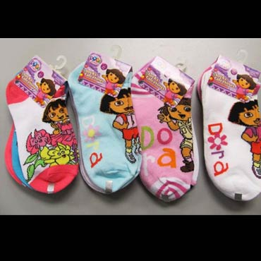 Disney-and-nickelodeon-socks-med-3