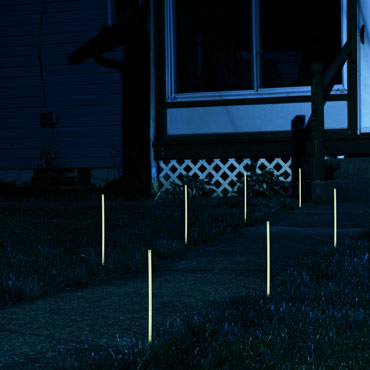 Glow-in-the-dark-path-marker-rods-med-1
