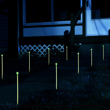 Glow-in-the-dark-path-marker-rods-med-3