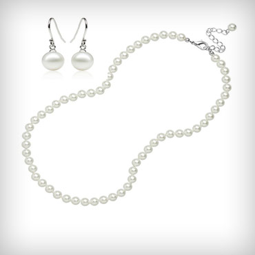 Freshwater-pearl-necklace-and-earrings-set-med-3